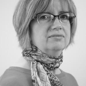 Lesley Oades - Receptionist